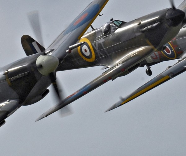 Torbay Airshow spitfire-mk356-mk-lfixe-spitfire-p7350-mk11a-hurricane-pz865-mkiic-photograph-by-cpl-george-cr
