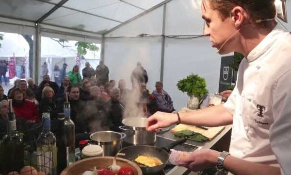 celebrity-chef-live-theatre-dartmouth-food-festival