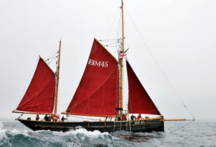 Pilgrim-participating-in-Brixham-Heritage-Regatta-2012-300x204 (Small).JPG