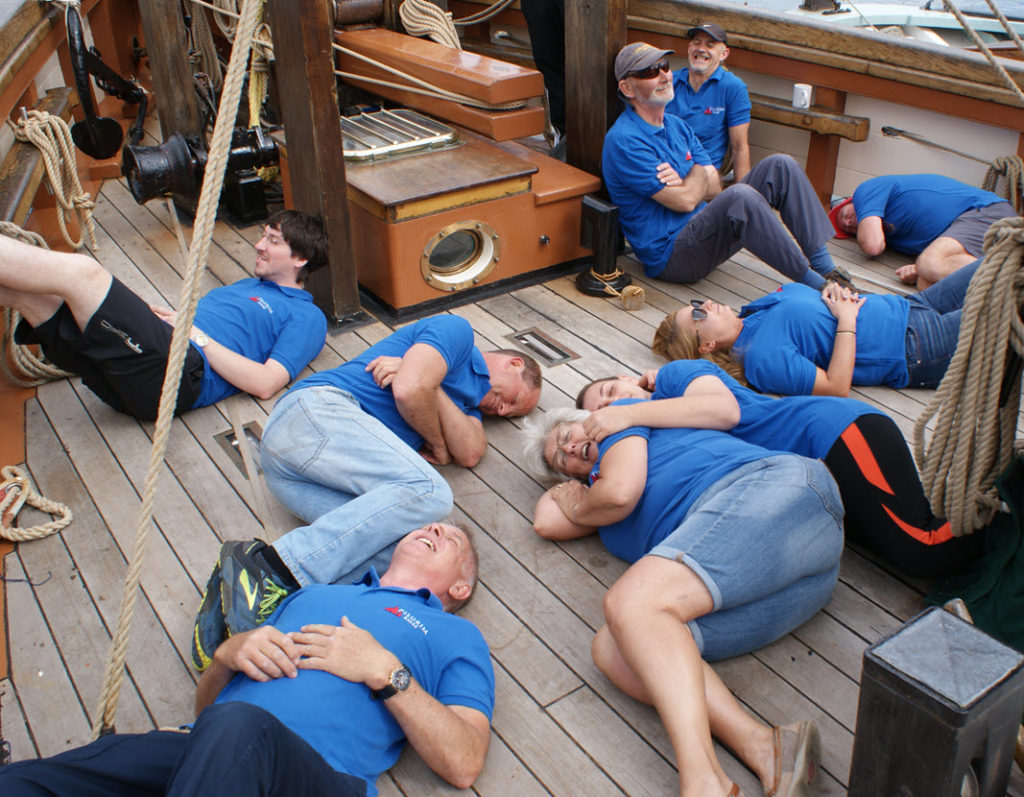 Pilgrim's Regatta crew chilling down